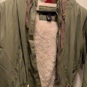 H&M Jackets & Coats - H&M green parka jacket size small